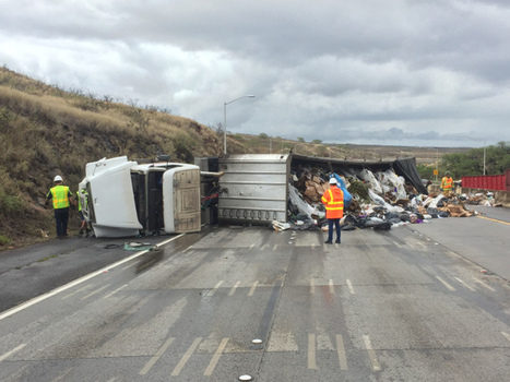 All lanes of H-1 westbound shut down by overturned rubbish truck | Truckers Daily | Scoop.it