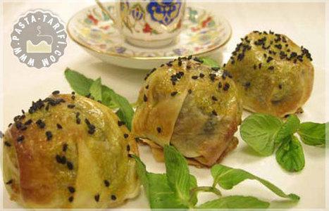 Fincan Böreği Tarifi | Poğaça Tarifleri - Börek Tarifleri | Scoop.it