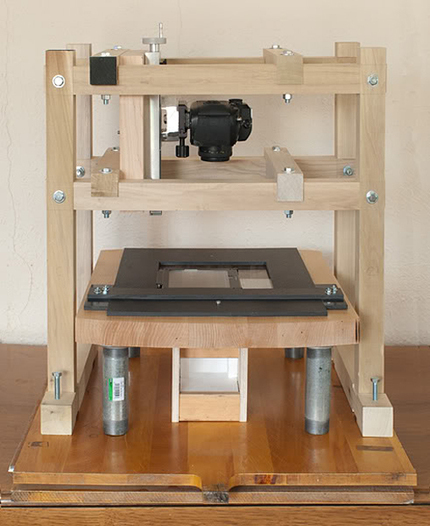 High-Res DIY Film Scanner Made from a DSLR, Lumber and an Arduino | Arduino progz | Scoop.it