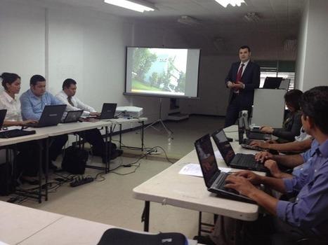 Francisco Rojo (Centro SAT de Cangas del Narcea), participa en la capacitación de asesores TIC de El Salvador. | Experiencias en Latinoamérica | Scoop.it