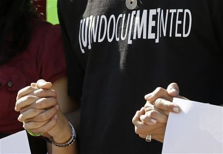 AP dumps 'illegal immigrant' but not neutrality | Poynter. | Media Broadcasting | Scoop.it