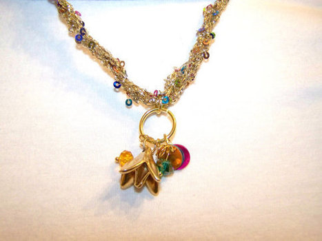 Handcrafted Teal Green Fuchsia Hot Pink and Gold Flower Pendant Necklace with Beads Charms Handmade Crochet Jewelry | Handmade Quality Items | Scoop.it
