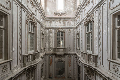 Abandoned Buildings Photography By Romain Veillon | Abandoned Houses, Cemeteries, Wrecks and Ghost Towns | Scoop.it