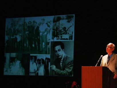 Rinden homenaje póstumo al poeta de Michoacán Gabriel Garibay ... - Mi Morelia.com | POEMAS | Scoop.it