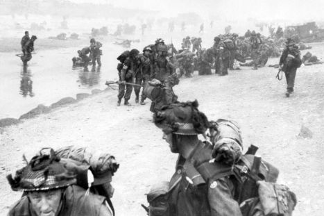 'We hold the beachhead': Incredible D-Day pictures and stories from the Mirror ... - Mirror.co.uk | Thinking and Writing Like a Historian | Scoop.it