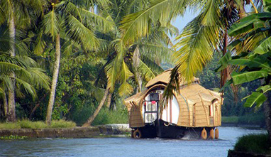 Backwater Packages for Honeymoon Couples | Alappuzha Houseboat Packages | Kerala Tourism | Scoop.it