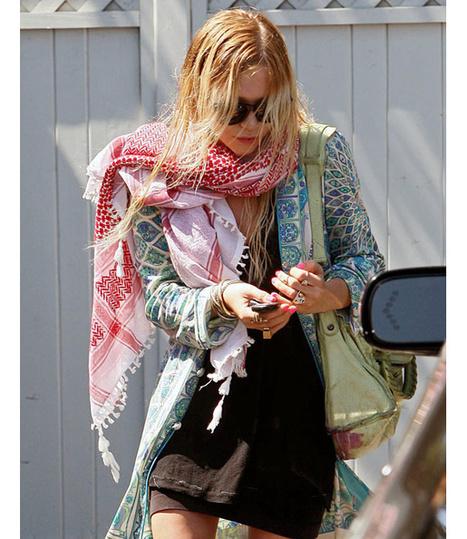 Comment choisir un foulard pour un look jeune et branché ? | Suivre la mode | Scoop.it