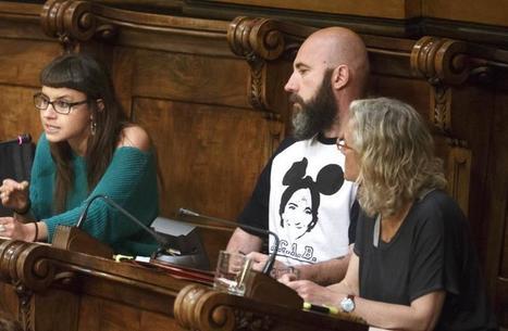 Garganté luce una camiseta con el rostro de Ada Colau | Policies 2.0 | Scoop.it