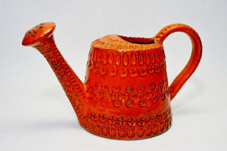 An Aldo Londi Watering Can Italian Modernist Pottery Bitossi Ceramics Rosenthal Netter Raymor   S U B L I M E * D E S I G N   Scoop.it