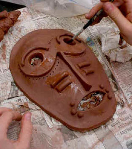 Art Lesson: Ceramic Draped Slab Masks | Technology in Art And Education | Scoop.it