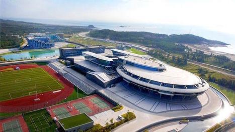 Millionaire Star Trek Fan Creates the World's First USS Enterprise Building | Amazing photography | Scoop.it