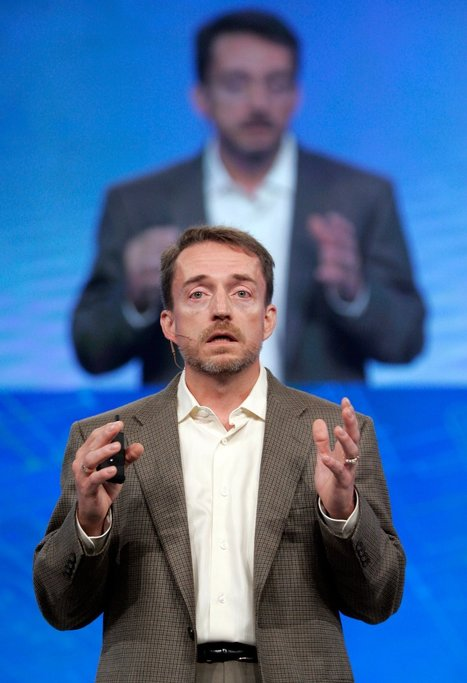 VMware Killed the Past. Can It Claim the Future? | Cloud Central | Scoop.it