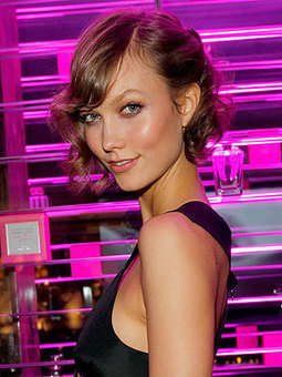 Victoria's Secret Model Karlie Kloss: 'You Can Be Sexy With Short Hair!' | TAFT: Trends And Fashion Timeline | Scoop.it