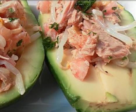 Recette Avocat farci au thon à la sauce | Avocat recettes | Scoop.it