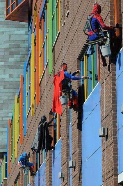 Twitter / Earth_Pics: Window Washers At Children's ... | Keeping informed | Scoop.it