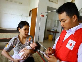 Vietnam's new war: Incurable mystery virus [=EV71] kills 19 kids to date — RT | Virology News | Scoop.it