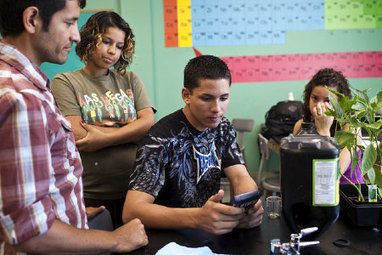 Pilot Program Aims to Level the Advanced Placement Playing Field for Low-Income Students - Education - GOOD   Sustainable Futures   Scoop.it