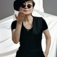 Yoko Ono debutta come stilista con Fashion for Men ... | Modaestile | Scoop.it