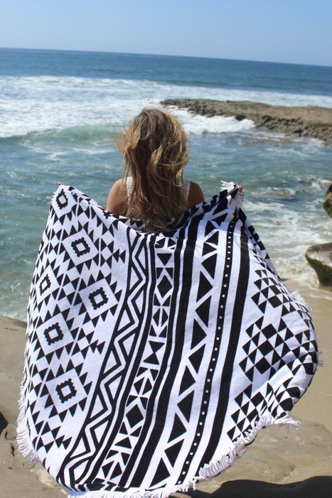 Slippa Hanalei Beach Towel | Luxury Beach Towel | Texas Coast Living | Scoop.it