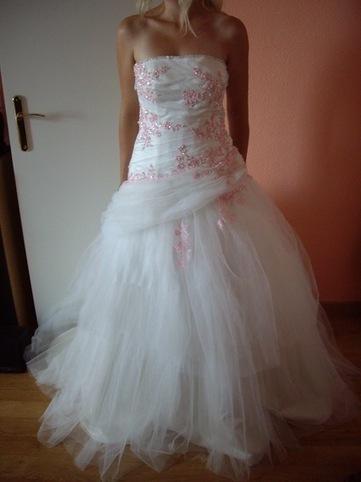 Robe de mariée neuve, taille 40 pas cher d'occasion 2012 - Ile de France - Seine et Marne - Occasion du Mariage   toujoursalamode   Scoop.it