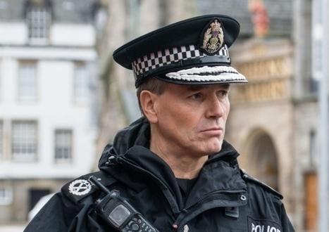 Police Scotland defend new armed officer sightings | Keepamericaheard | Scoop.it