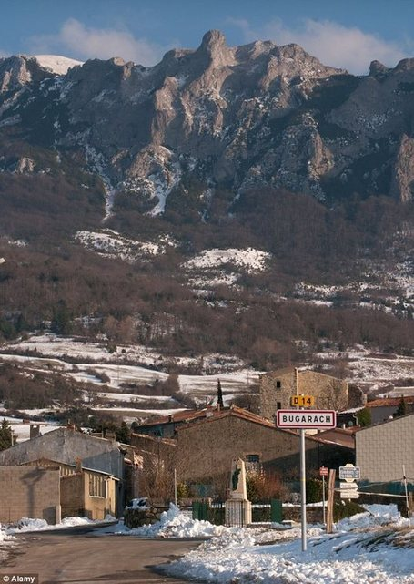 French Town Bugarach becomes Doomsday Destination for people who believe in Dec 21 2012 as end of the world. | Bugarach | Scoop.it