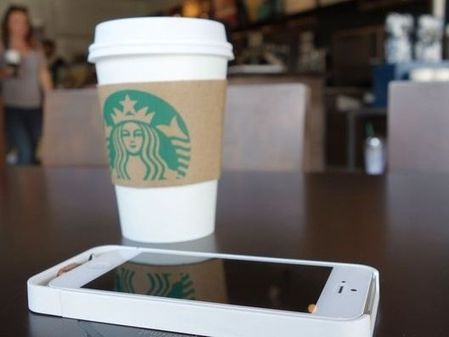 Starbucks Makes Itself More Addictive With Wireless Phone Charging | Technology | Scoop.it