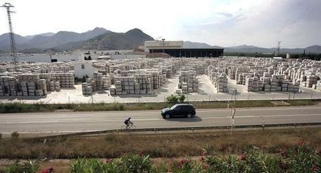 El azulejo exporta más pero no frena la destrucción de empleo   GESTIÓN ADMINISTRATIVA Y FINANCIERA DEL COMERCIO INTERNACIONAL   Scoop.it