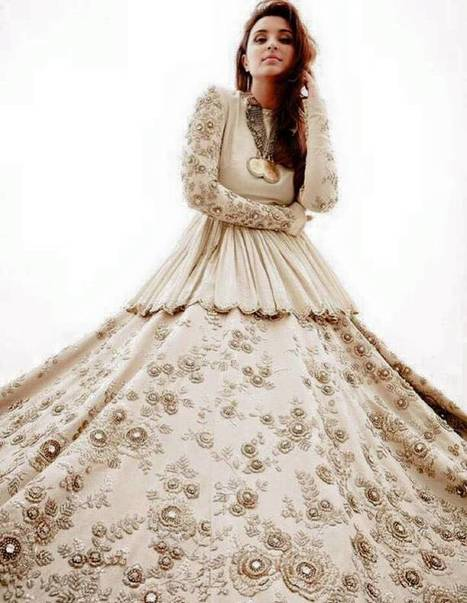 Sabyasachi Anarkali Floor Length Outfits 2016 | Live Style Vogue | stylish lawn dresses | Scoop.it