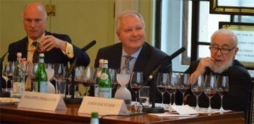 Bordeaux 2013: Mouton backs en primeur at 2013 preview in London | Autour du vin | Scoop.it