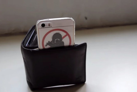 Tip: You Can Use Your Wallet as a Simple Tripod for Your Smartphone   xposing world of Photography & Design   Scoop.it
