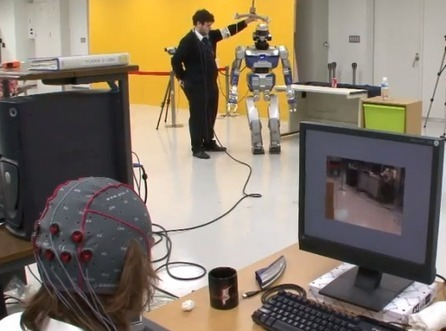 Watch A French Researcher Control A Robot With His Brain | Five Regions of the Future | Scoop.it