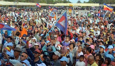 Les ouvriers du textile cambodgiens rejoignent les manifestants | Intervalles | Scoop.it