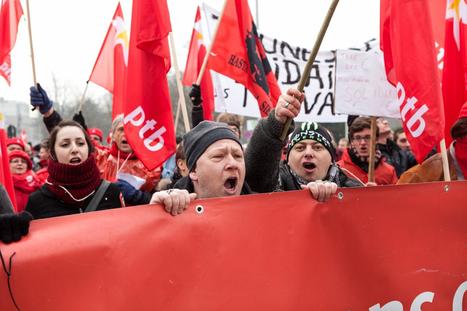 Manifestation – Liège marche pour sauvegarder ses emplois | Occupy Belgium | Scoop.it