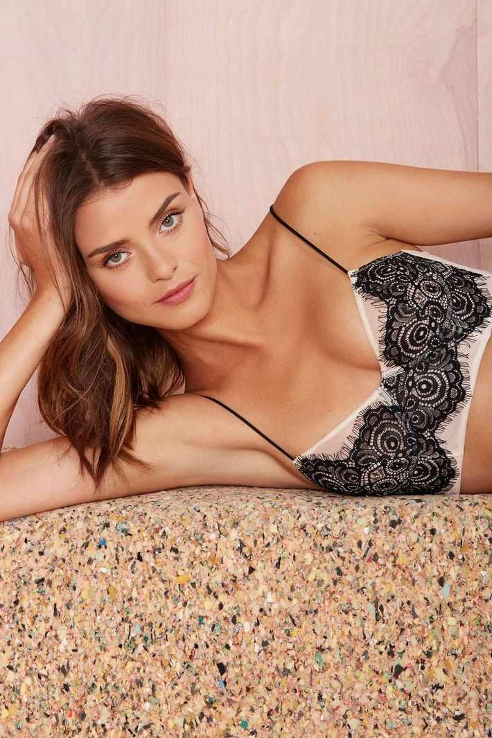 Nasty Gal Lace Is More Bustier Bra | Lingerie Love | Scoop.it