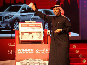 Indian tailor wins luxury cars, 100000 dirhams in Dubai raffle | Current News Of India: India's top portal for news,movies news, bollywood news, videos news,politics news,cricket news, Sports  news,celebrity pictures, business news. | Scoop.it