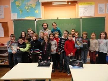 Vendredi 22 novembre 2013, la classe des CM1-CM2 de Mme Porte a rencontré Tarek, un scénariste de bandes dessinées. | Bande dessinée et illustrations | Scoop.it
