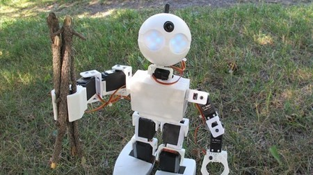 EZ Robots are ready to roll ... or walk, or scuttle | GizMag.com | Talking things | Scoop.it