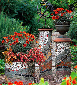 Create Mosaic Magic in Your Garden | Up Cycled Garden | Scoop.it