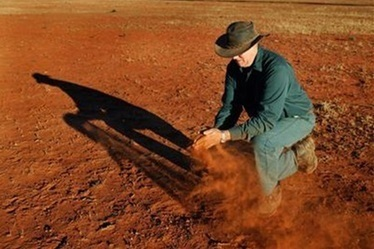 Soil carbon 'blowing in the wind' - Agriculture - General - News - The Land   News articles for Harvest on Radio Adelaide   Scoop.it