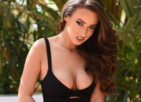 Lauren Louise, beautiful busty brunette gets naked in the garden | Sex nieuws | Scoop.it