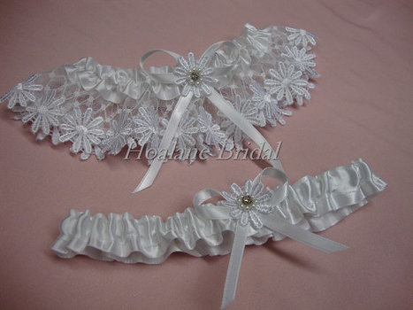 Garter set, Daisy lace garter set, Wedding garters | Wedding Garters | Scoop.it