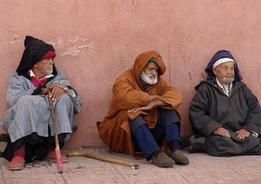 أزيلال أون لاين - ازيلال : غياب عمليات رعاية المسن بدون مأوى شتاء 2014 | اصداء حملة رعاية المسنين بدون مأوى في الصحف اللإلكترونية | Scoop.it