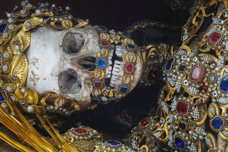 Rest in Style: Medieval Blinged-Out Skeletons Used as German Tourist Attractions | Raw File | Wired.com | L'actu culturelle | Scoop.it