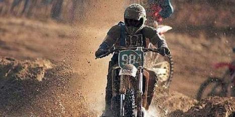 """""""Un motard roule sur un chemin boueux"""". C'est un robot qui l'écrit   François MAGNAN  Formateur Consultant   Scoop.it"""