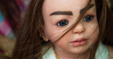 Thailand's Intriguing 'Luk Thep' Doll Culture   PHOTO : PⒽⓄⓣⓄ ⅋ +   Scoop.it