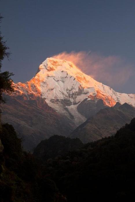 "Earth Pics on Twitter: ""Annapurna Mountain Range, Dhawalagiri, Nepal http://t.co/HHgWvSE3CG""   Himalaya Trekking   Scoop.it"