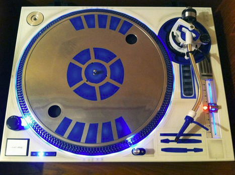 R2-D2 Turntable Perfect for R2-DJ2 or C-3PDisco   All Geeks   Scoop.it