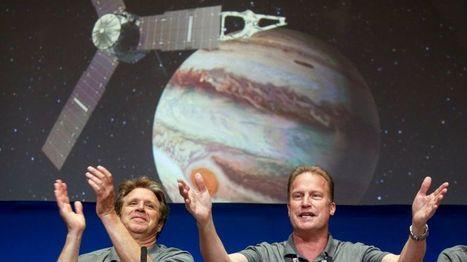 La sonda espacial Juno de la NASA ingresa con éxito en la órbita de Júpiter tras arriesgada maniobra - BBC Mundo | I didn't know it was impossible.. and I did it :-) - No sabia que era imposible.. y lo hice :-) | Scoop.it