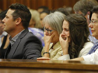 Live: 'I made a terrible mistake' says Pistorius | Daily News | Scoop.it